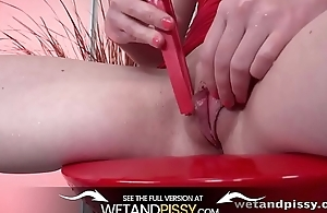 Pissing pussy play piddling products in squirting orgasm